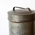 鉄缶 サムネイル1